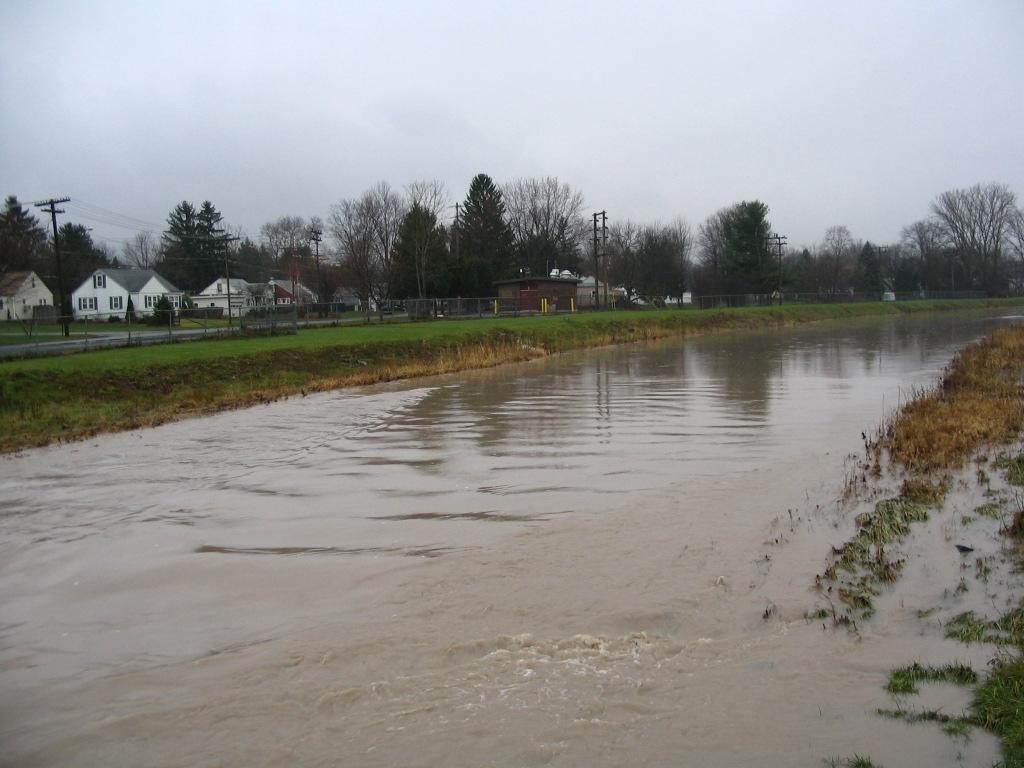 Photograph of the Onondaga Creek at Syracuse, NY (ONDN6) looking upstream