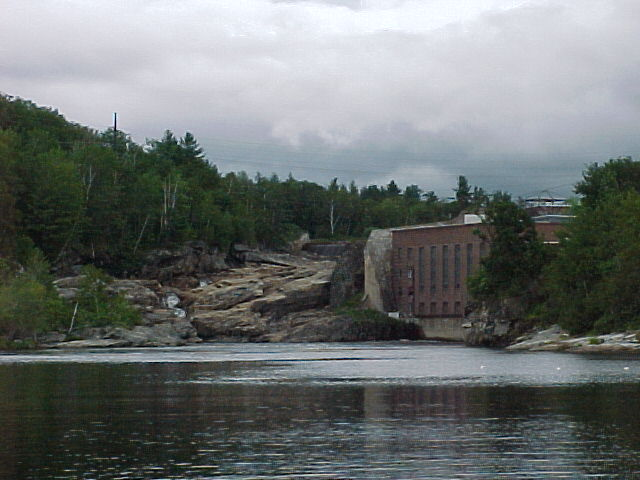 Photograph of the Upper Falls along the Androscoggin River at Rumford, ME (RMFM1)