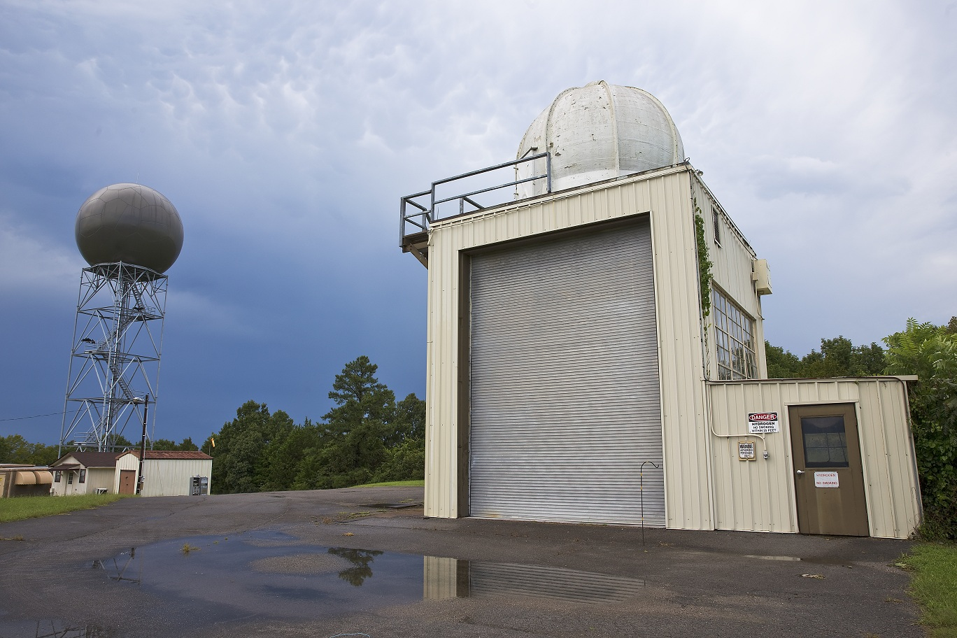 NWS Nashville upper air inflation shelter