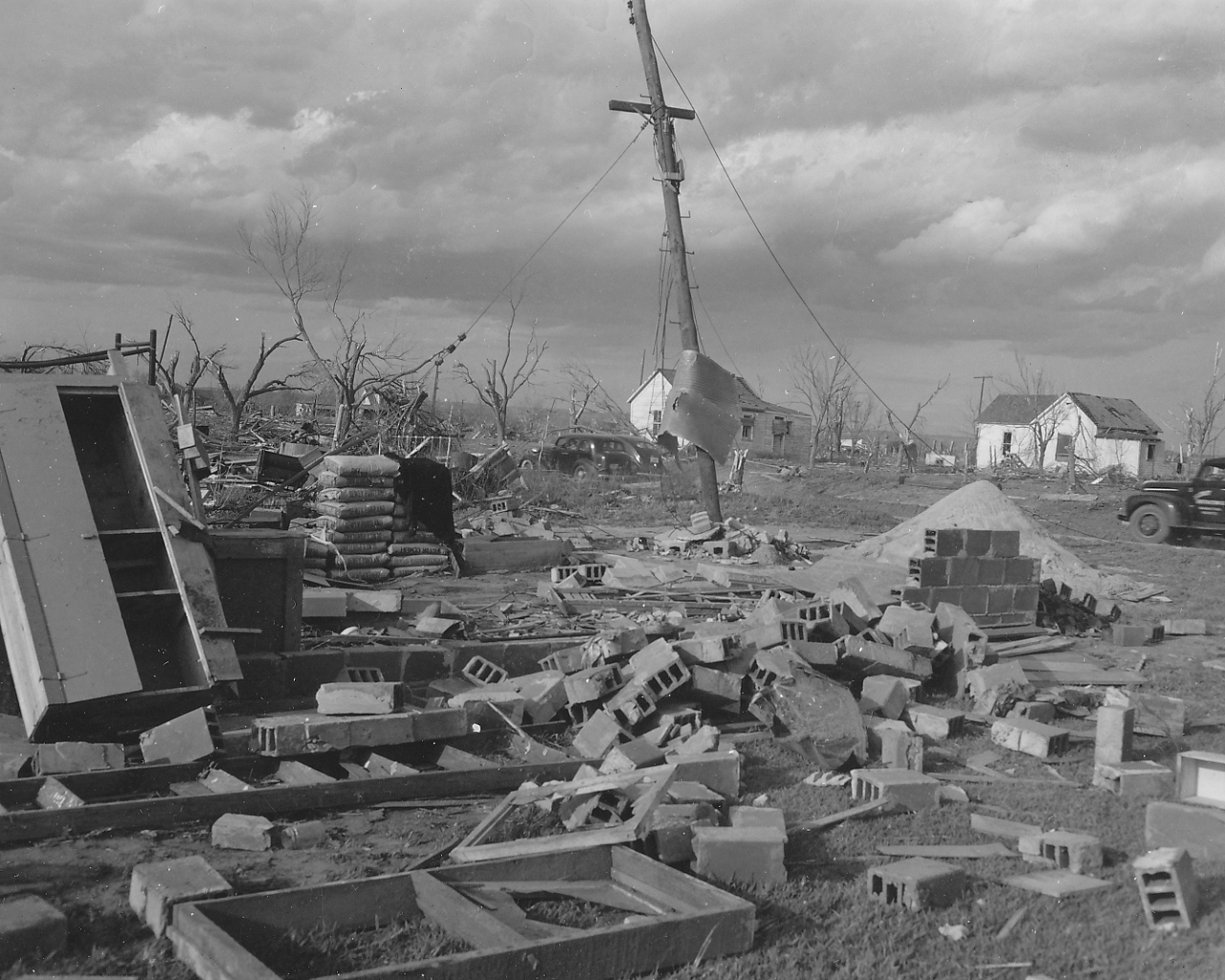 Damage Photos Related To The April 9 1947 Woodward