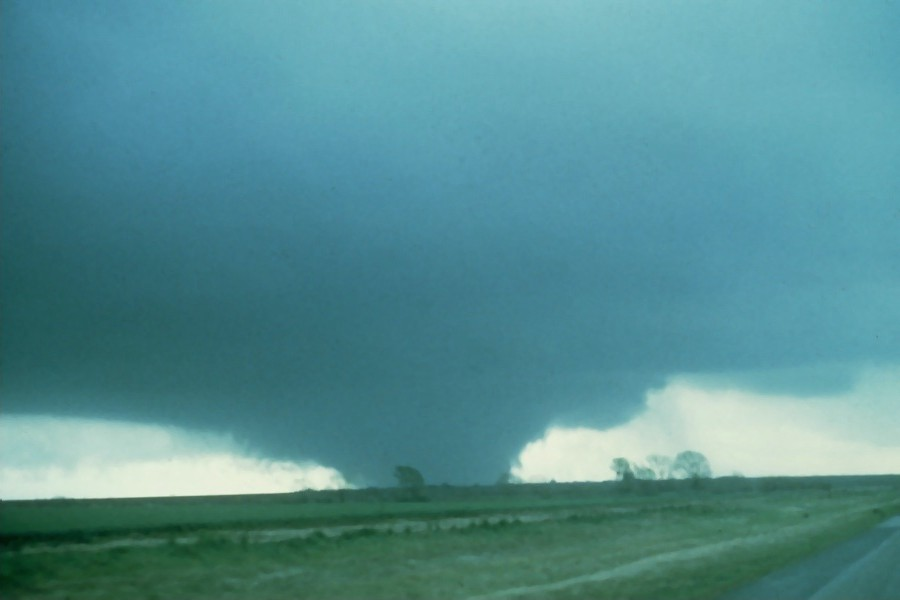 Synopsis And Discussion Of The 10 April 1979 Tornado Outbreak