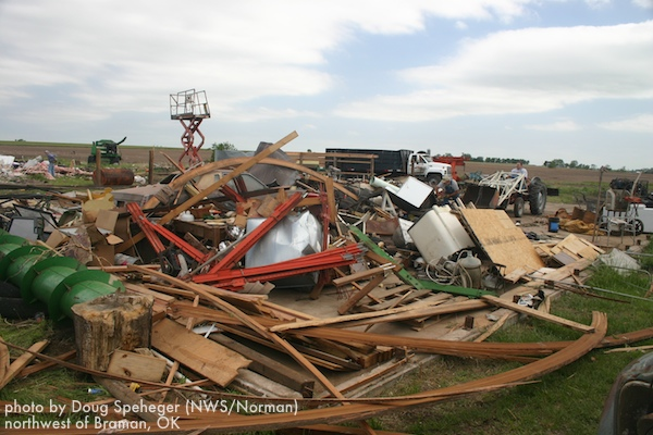 Mobile home destroyed north of Braman