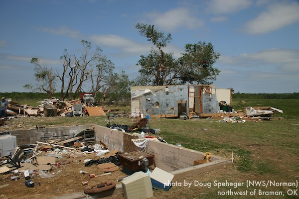 Tri-level home destroyed north of Braman
