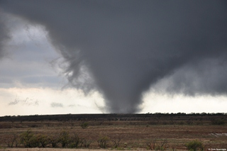 Tornado west of Manitou, OK on November 7, 2011