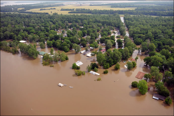 Flooding of Tunica Lakes, Tunica, MS May 11, 2011