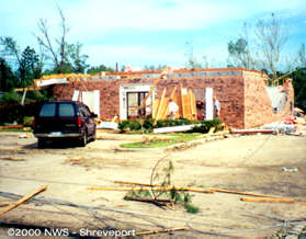 F2 damage to the Bank of Ringgold in Castor, LA