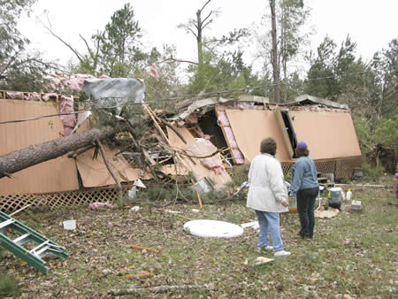 Mobile home damaged near Marco