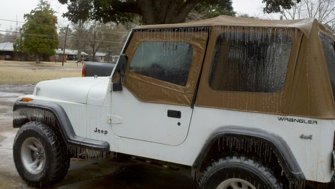 Ice accumulations in Natchitoches