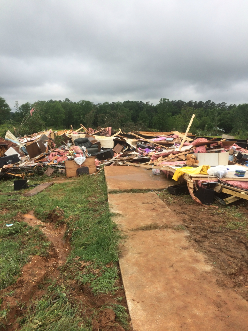 EF2 tornado damage in Nashville, AR