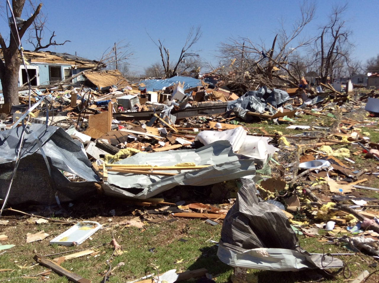 moble home and tree damage. Image: NWS Tulsa