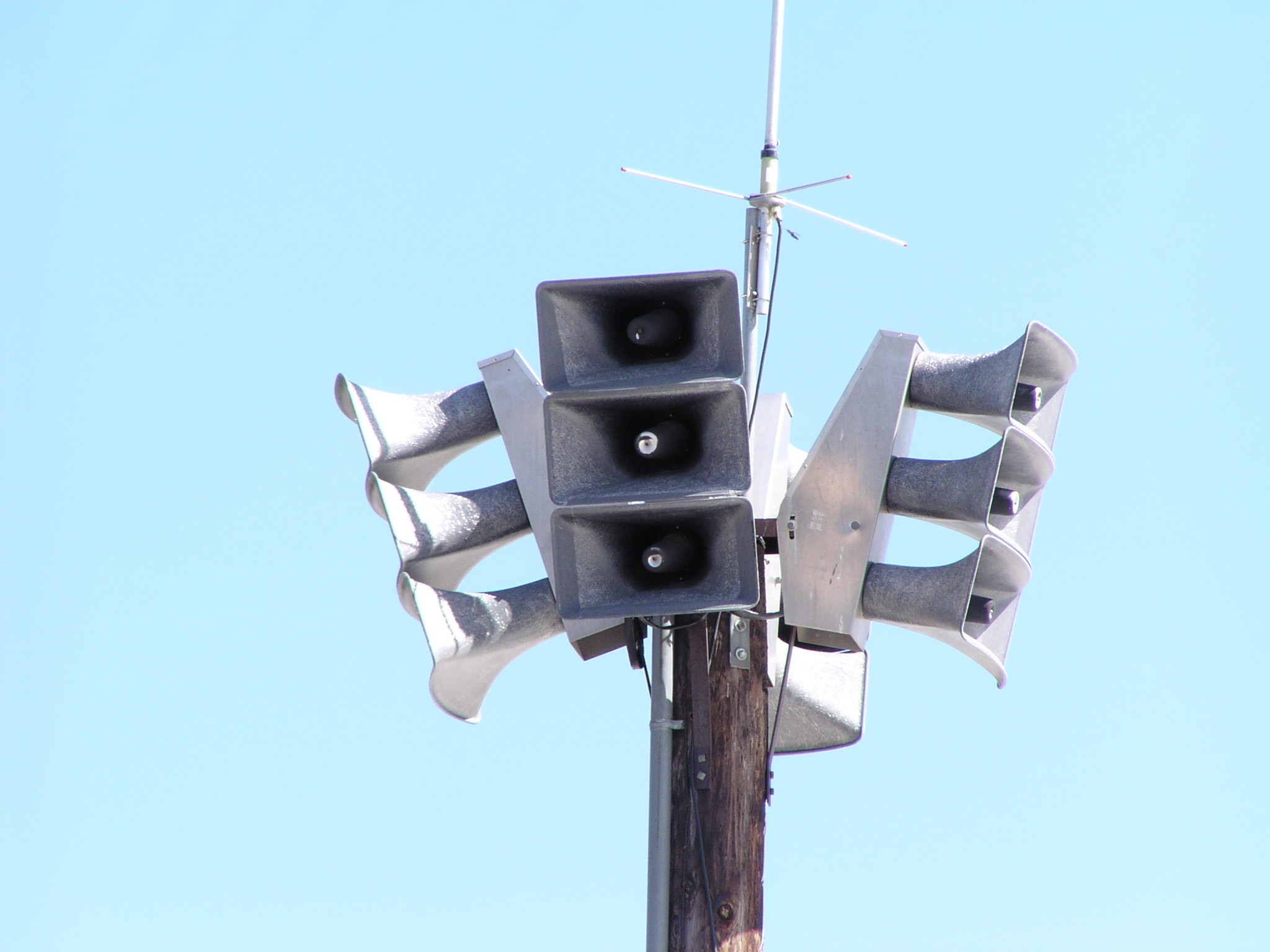 Picture of a warning siren